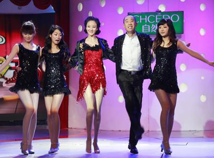 """喜剧之王20110428期:白凯南刘雨欣演绎""""舞动奇迹"""""""