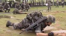中部战区陆军实战化特训 团队合作打配合 考验体力更考验技巧