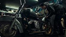 【二更视频】这台摩托车比宝马更高大上!这才是真正的把妹神器