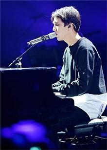 迪玛希放大招献钢琴弹唱首秀!被多才多艺进口小哥哥帅哭