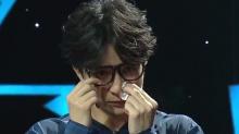 薛之谦因《老爸》现场泪奔