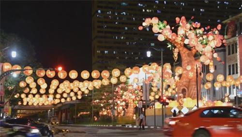 新加坡:牛车水唐人街2668盏彩灯庆新春