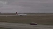 """""""特斯拉""""VS波音737 谁更快?"""