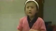 乒乓网红福原爱童年激萌视频 一边哭一边打好委屈