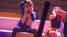 陈伟霆《怎么你的手机要响》现场版 能唱能跳又能撩的佛爷