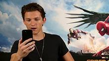 《蜘蛛侠:英雄归来》采访特辑 小蜘蛛侠遭<B>钢铁侠</B>电话调戏