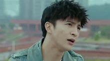 【热剧幕后纪录】《我们的少年时代》<B>王源</B>介绍薛之谦去洗厕所