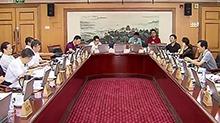 省十二届人大常委会第31次会议分组讨论 饮水安全关乎大家 细化条列加快立法