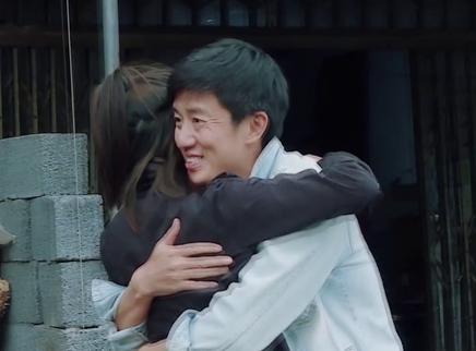 """24期:郑莹佳爸爸""""变形"""""""