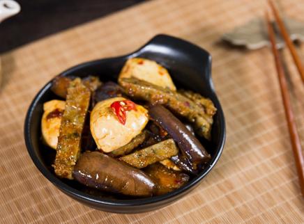 茄子鱼松豆腐煲