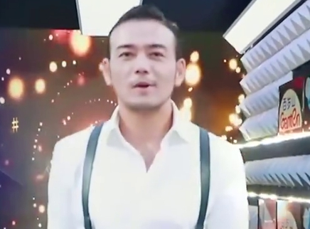 杨烁现场蹦迪嗨翻天