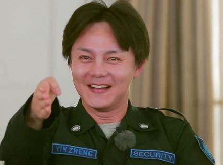"""第31期:尹正调皮""""吓唬""""冬雨"""